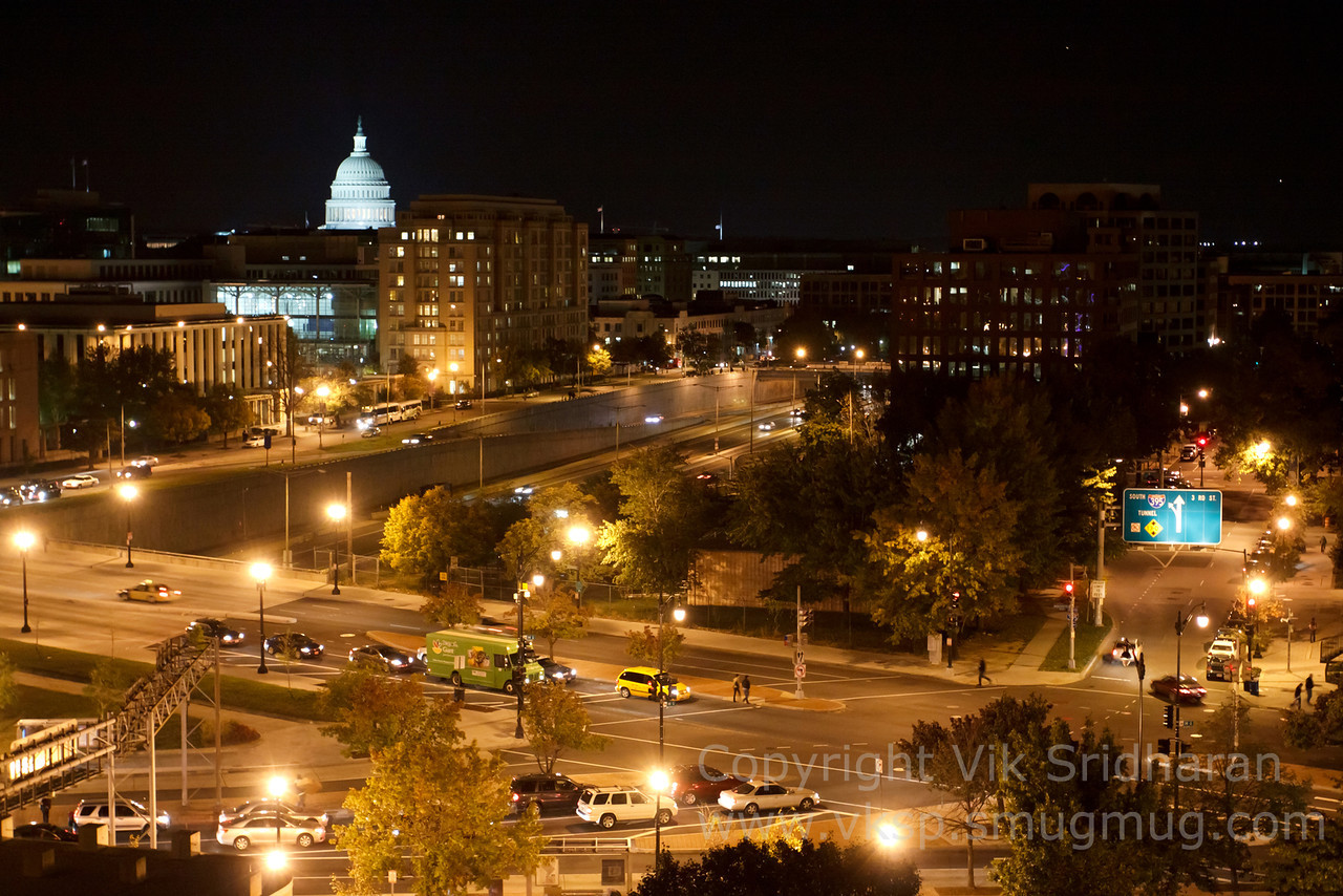 http://www.vksphoto.com/CitiesBuildingsetc/Washington-DC-October-2013/i-R5WSm35/0/X2/IMG_6066CS5%2010-28-13-X2.jpg