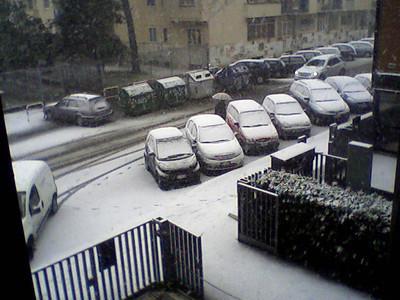 Neve: 12 febbraio 2010 da Fub castiglione - una breve spruzzata
