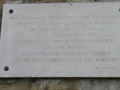Finalmente vedo un monumento agli IMI, gli Internati Militari Italiani che preferirono una durissima prigionia in germania al servire nelle foze armate della RSI