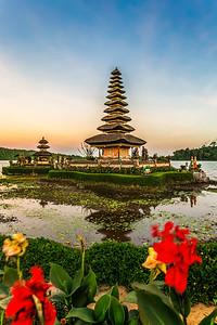 Sunset at Pura Ulun Danu