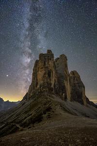 Milky Way behind the tre Cime di Lavaredo