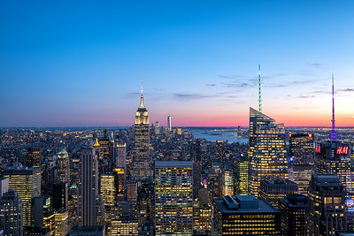 Twilight over the stunning Skyline of New York