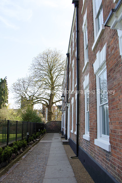3 to 6: Abbey Green