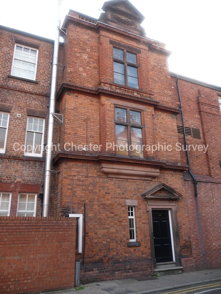 2 Queen Street and 71 Foregate Street
