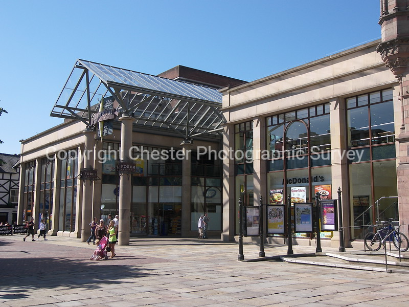 The Forum Shopping Centre: Town Hall Square: Northgate Street