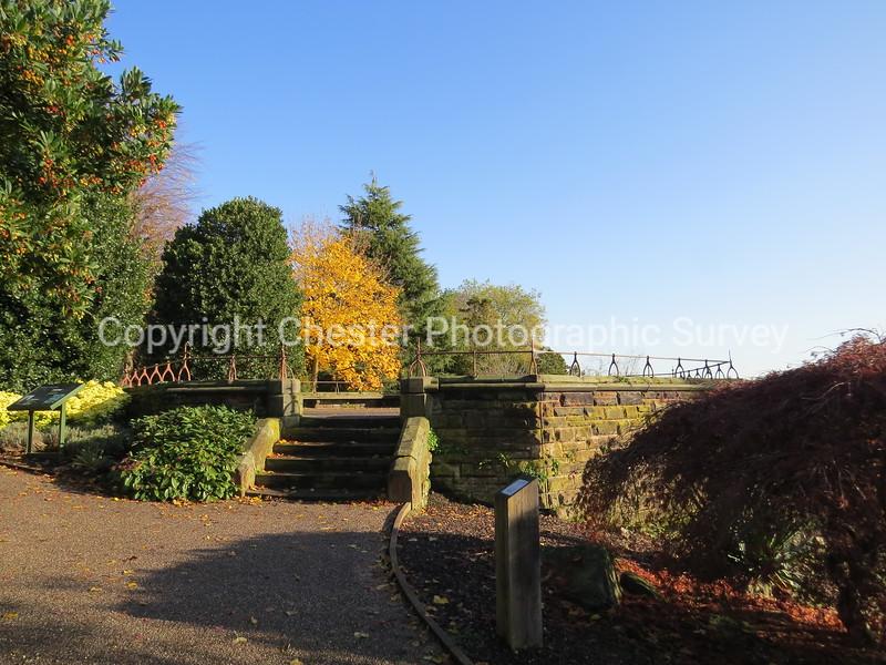 Viewing Platform: Grosvenor Park: Grosvenor Park Road