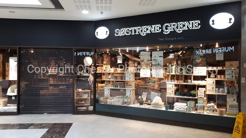 Unit 24: Grosvenor Shopping Centre