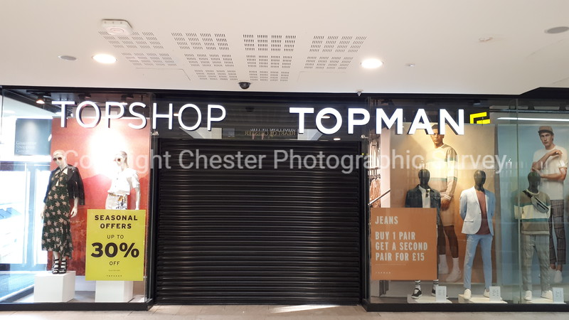 Unit 40: Grosvenor Shopping Centre