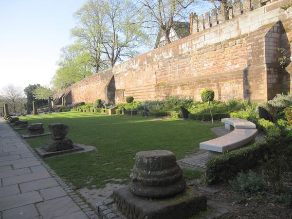 Roman Gardens: Pepper Street