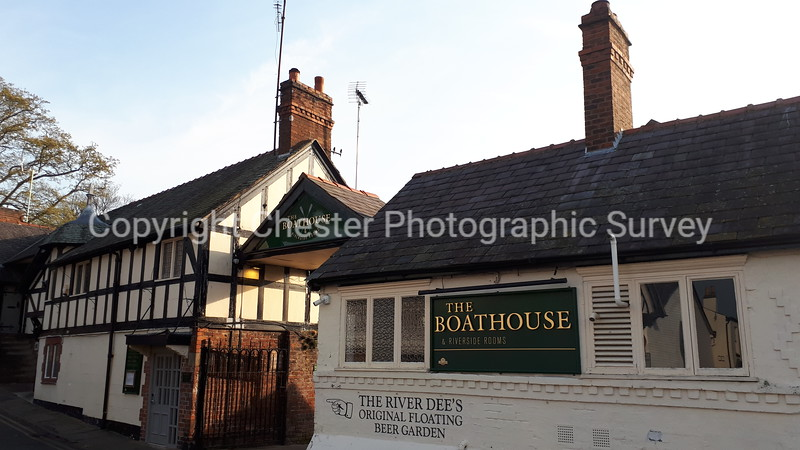The Boathouse Public House: The Groves