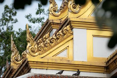 Wat Tha Suthawat, Ang Thong