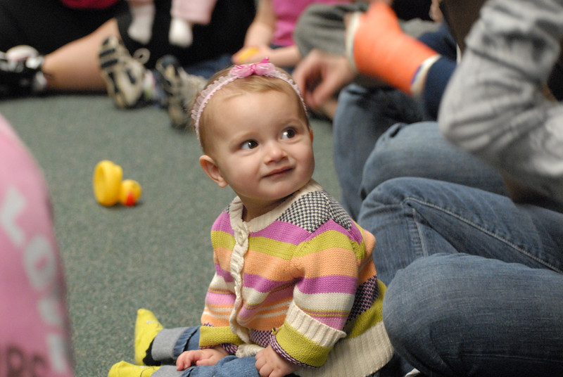 Sign language for babies class 10/21/10 10/25/2010 Story and Play Time for Toddlers