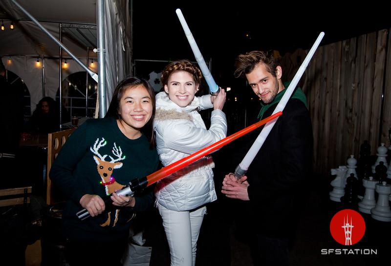 Glow Sword Battle 2016