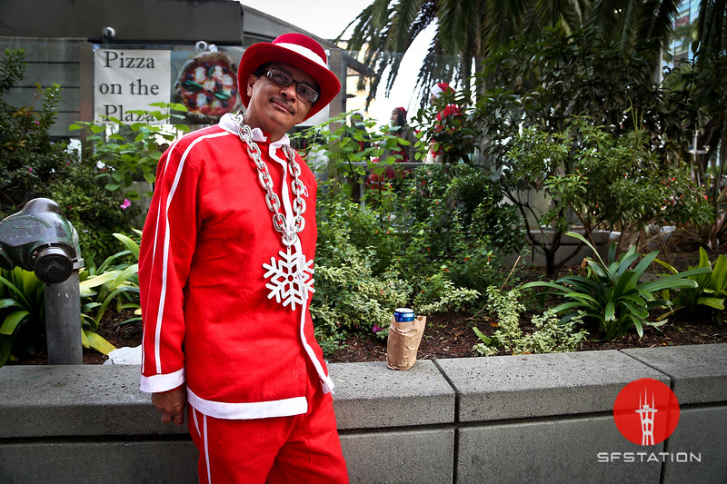 """Photo by Gabriella Gamboa<br /> <br /> See event details here:<br /> <a href=""""http://www.sfstation.com/santacon-2014-and-snowball-fight-e1786112"""">http://www.sfstation.com/santacon-2014-and-snowball-fight-e1786112</a>"""
