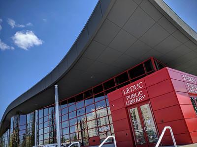 Leduc Public Library - exterior entrance