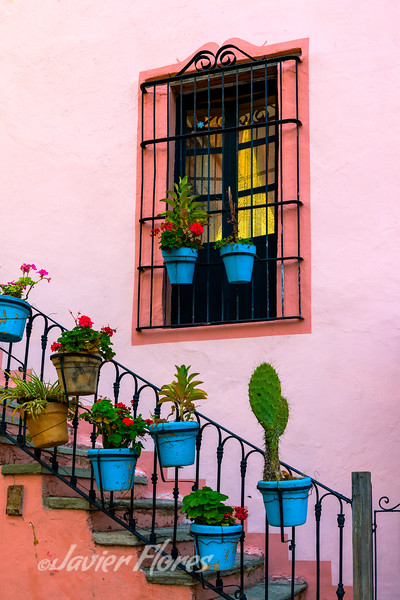 Stairs and Pots, Plazuela De San Roque