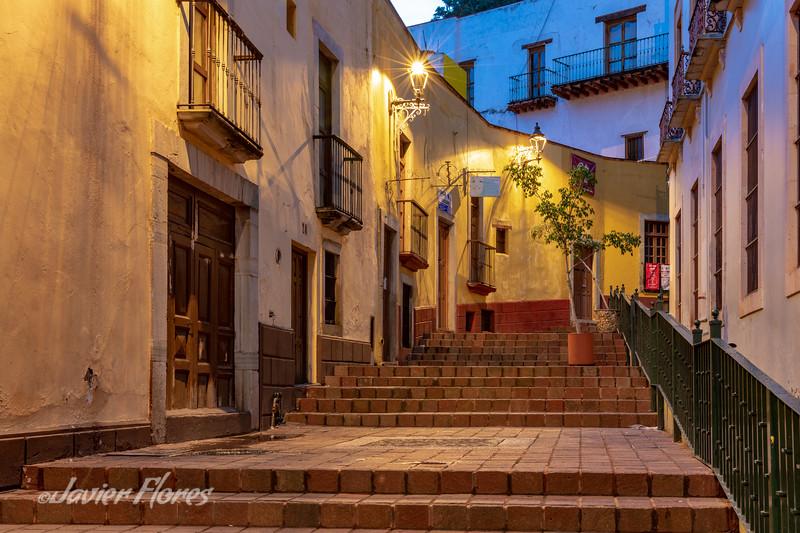 Steps Callejon La Condesa