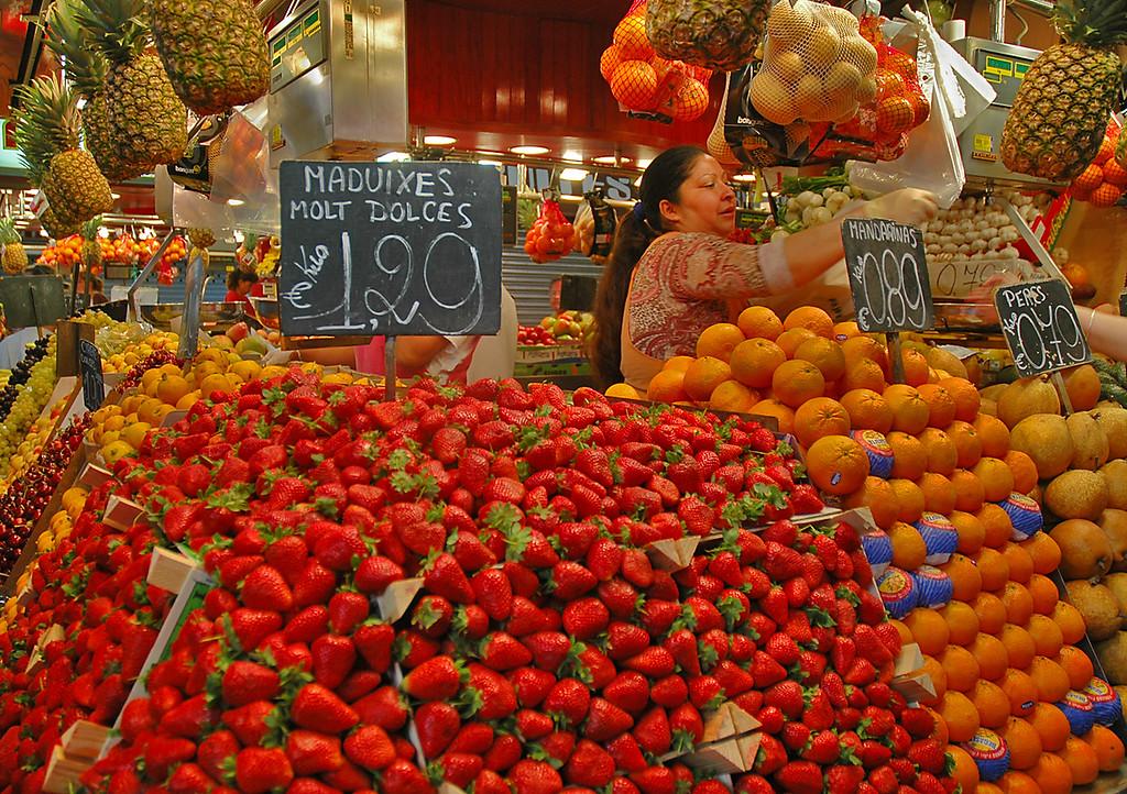 Strawberries, La Boqueria, Barcelona, Spain