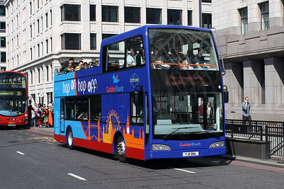 101-YJ11 OHL on London Bridge.