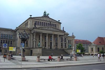 Het Konzerthaus aan de Gandarmenmarkt.