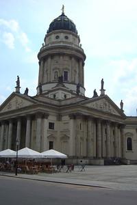 De Französischer Dom aan de Gendarmenmarkt naast het Konzerthaus.