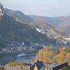 Zicht van aan het Moselromantik Hotel Kesler-Meyer**** in Sehl-Cochem richting Reichsburg.