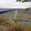 Zicht op de Moseltalbrücke aan het autosnelweg restaurant afrit Moseltal-West langs de A61 richting Mainz.