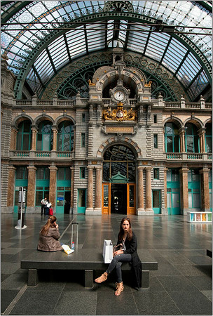 Antwerp - people & architecture
