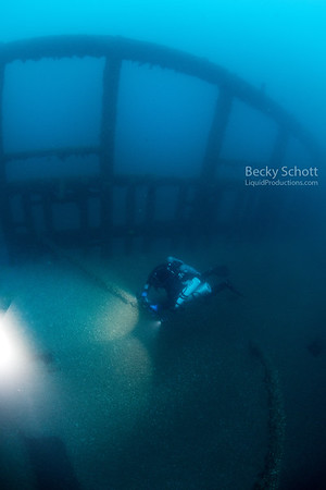 CCR Diver Brian exploring the City of Detroit wreck