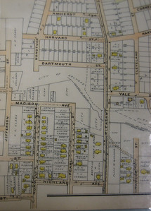 """Close-up from 1911 Atlas.  Note that Nonotuck Street is labeled on both sides of the ravine (""""dingle""""), but the northern section has no houses and isn't connected through the dingle. I bet the name there was changed before any houses were built, thus explaining why we can't find house numbers 1 through 42 on Nonotuck. This 1911 map starts with  #43, the lowest house number I find today (2008)."""