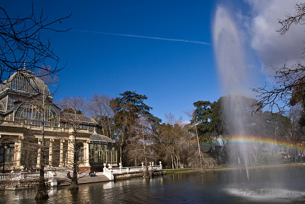 I spent quite a bit of time working with the rainbow, this turned out to be the most interesting as it reaches towards the Crystal Palace.  I'm sure they knew what they were doing when they set this up and how the early morning sun would play this way.