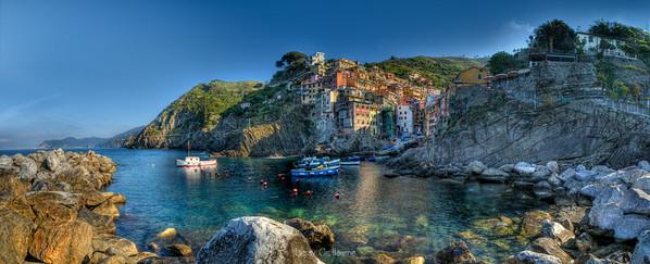 Panoramica Riomaggiore-Cinque Terre-Liguria-Modifica