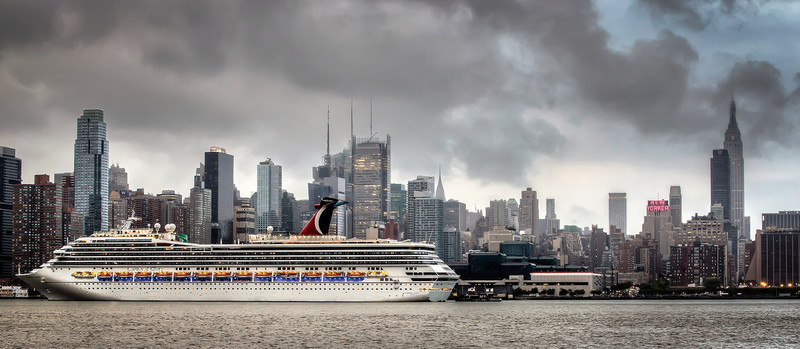 Carnival Glory Arrives in New York