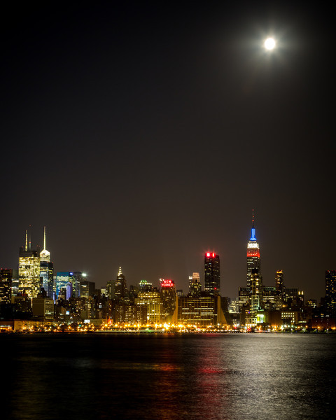 The second full moon in August 2012 shines on New York