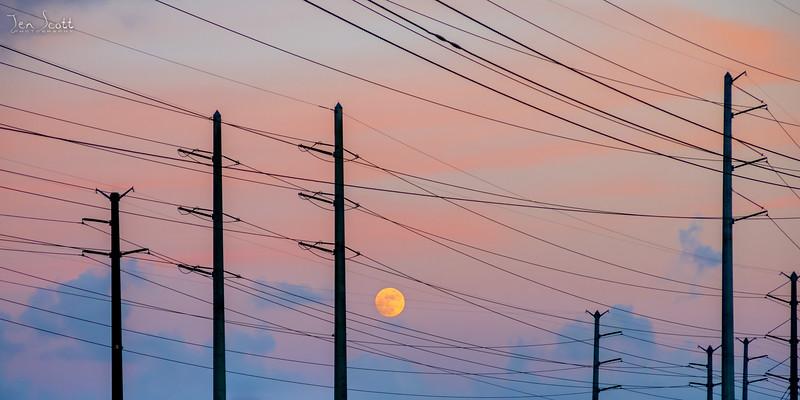 Moonrise Sunset