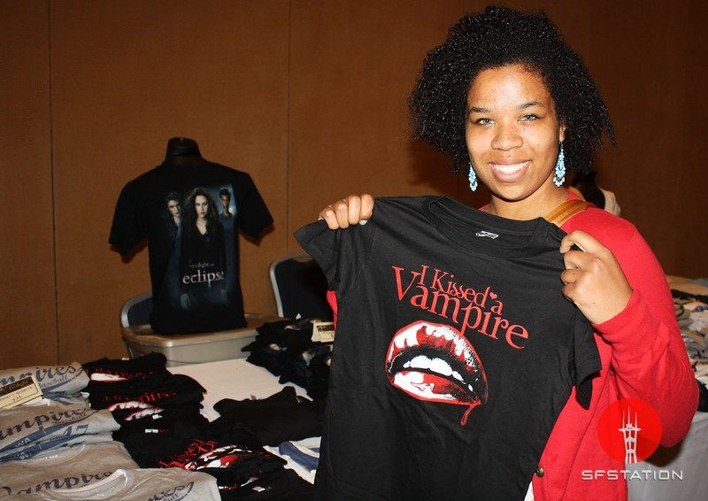 "Photo by Joshua Hernandez <br /><br /> <b>See event details:</b> <a href=""http://www.sfstation.com/the-official-twilight-convention-e1125031""> The Official Twilight Convention</a>"
