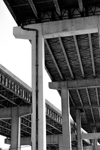 underpass bw september 2011 DSC_8788