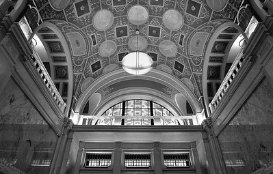dixie terminal march 2011 interior 10 bw