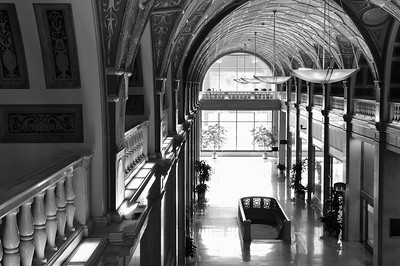 dixie terminal march 2011 interior 12 bw