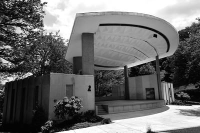 seasongood pavilion 2 bw may 2011