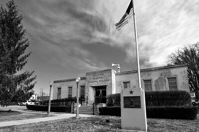 Silverton Municipal Building 3bw