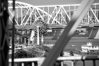 paddlewheel3june2010bw