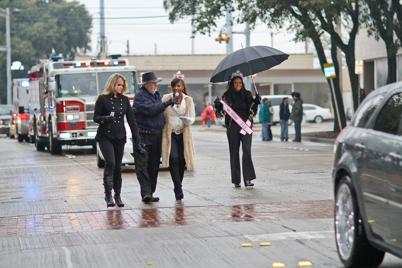 Lacee Turner, C. B. Luce President of Garland Texas Opry. Interviewing unknown and Ms. Texas United America Belinda Ramsey  marching in Garland's annual NAACP MLK parade.