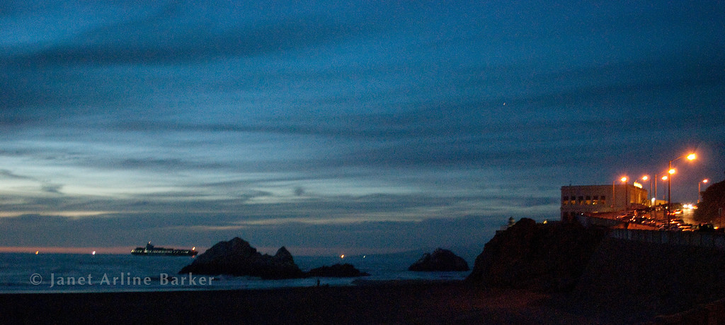 DSC_7005-cliff house-ship-night