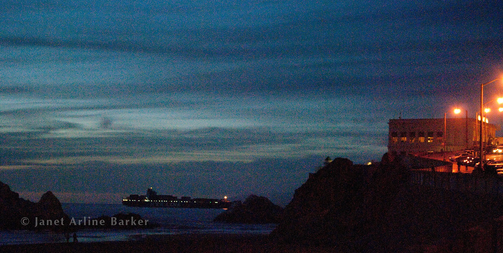DSC_7013-cliff house-ship-night