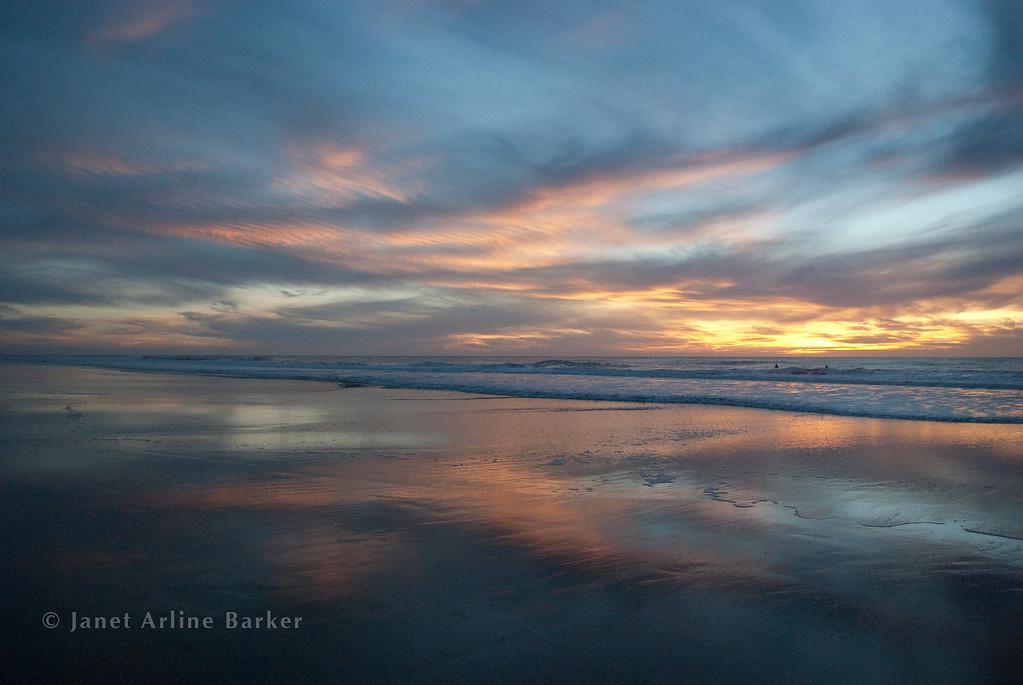 DSC_6904-sunset surfers