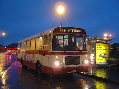 Citybus 2527 Ormeau Forestside Belfast 5 Jan 04