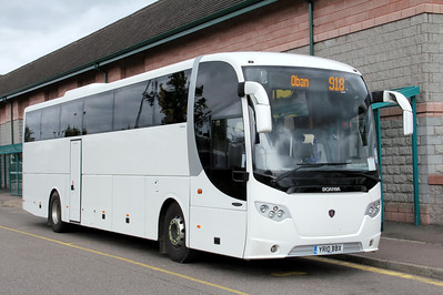Oban and District_Scania Hire YR10BBX An Aird Fort William 1 Jun 11