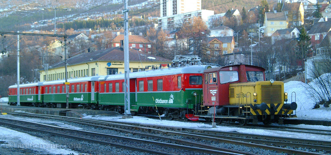 OBAS Bm67 first livery NSB Skd Narvik C 2003-02-19 by TS