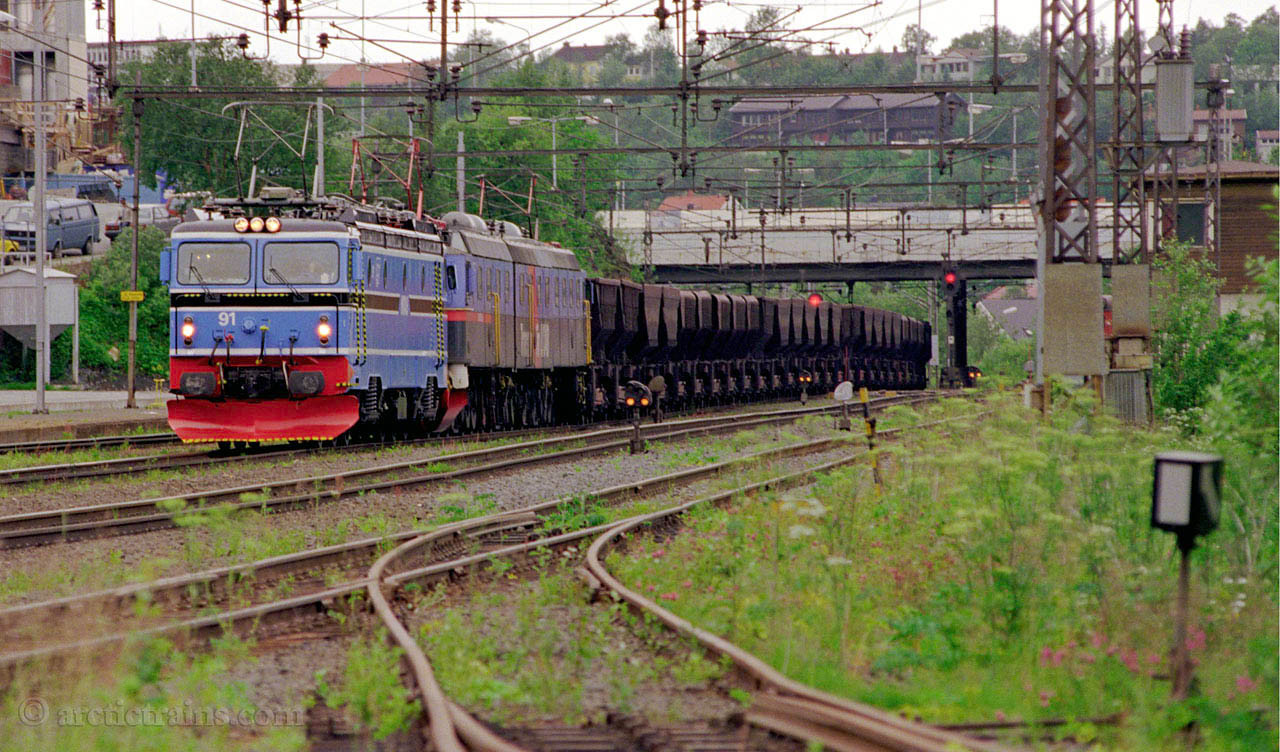 LKAB Dm3 El15 Narvik C first run new livery MTAS El 15 1999-07-13 by TS